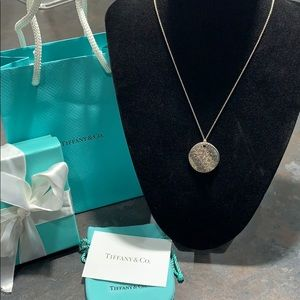 Tiffany & Co. Notes sterling pendant necklace